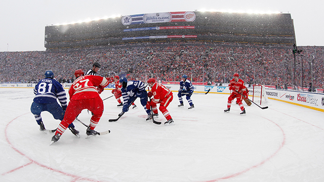 4800d71761e Leafs prevail at chilly, snowy Winter Classic - Sportsnet.ca