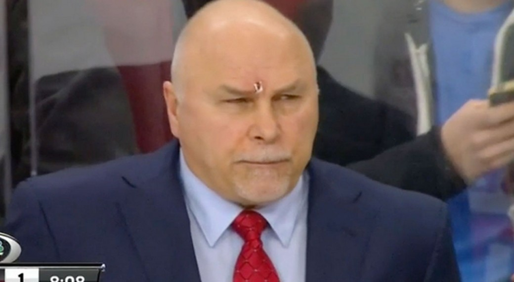 Barry Trotz cut by his own player's high stick - Sportsnet.ca