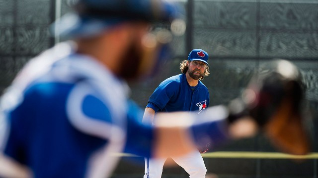 Jays notebook: Dickey, Martin take unique approach