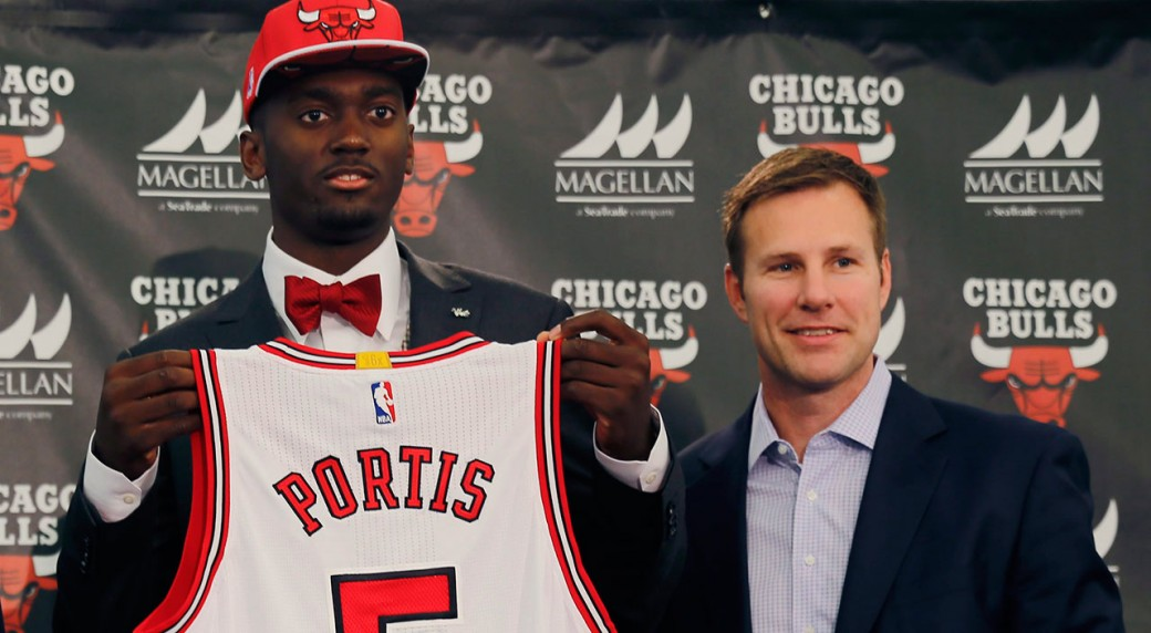 The Chicago Bulls have signed first-round draft pick Bobby Portis and added  Randy Brown and Charlie Henry as assistants to new coach Fred Hoiberg  (Christian ... 4fc6fb00b