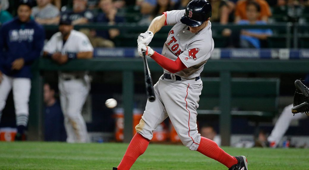 Holt lifts Red Sox over Mariners in 11th inning - Sportsnet.ca