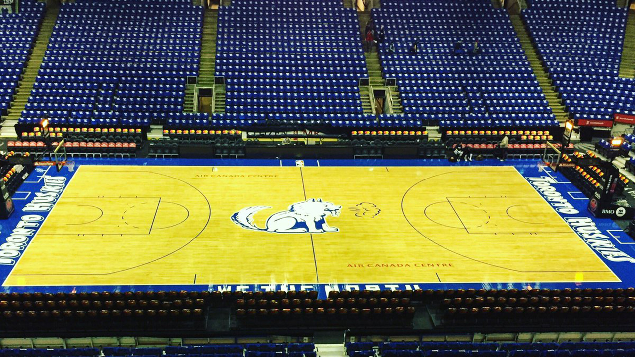 air canada centre undergoes makeover for huskies night