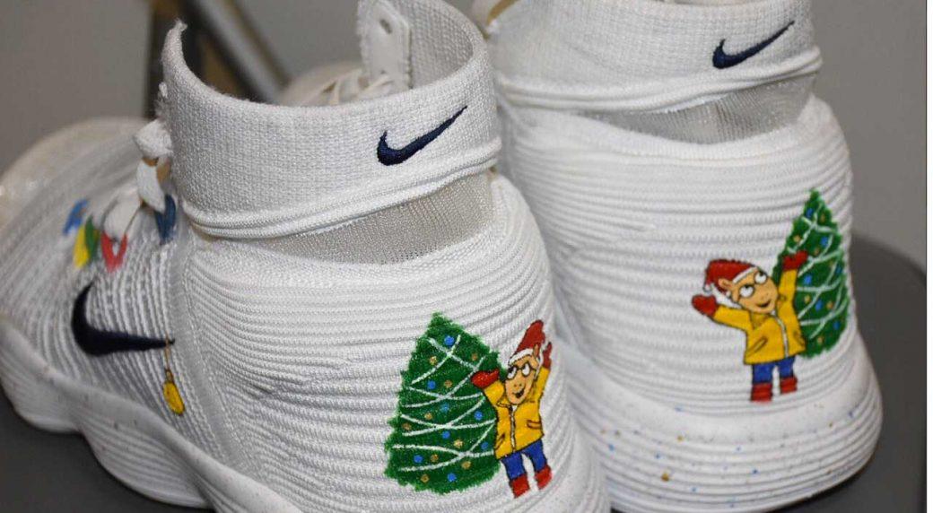 158bdd4dacf Is Draymond Green trolling LeBron with Christmas shoes  - Sportsnet.ca