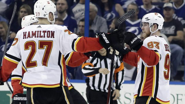 Calgary-Flames-Dougie-Hamilton