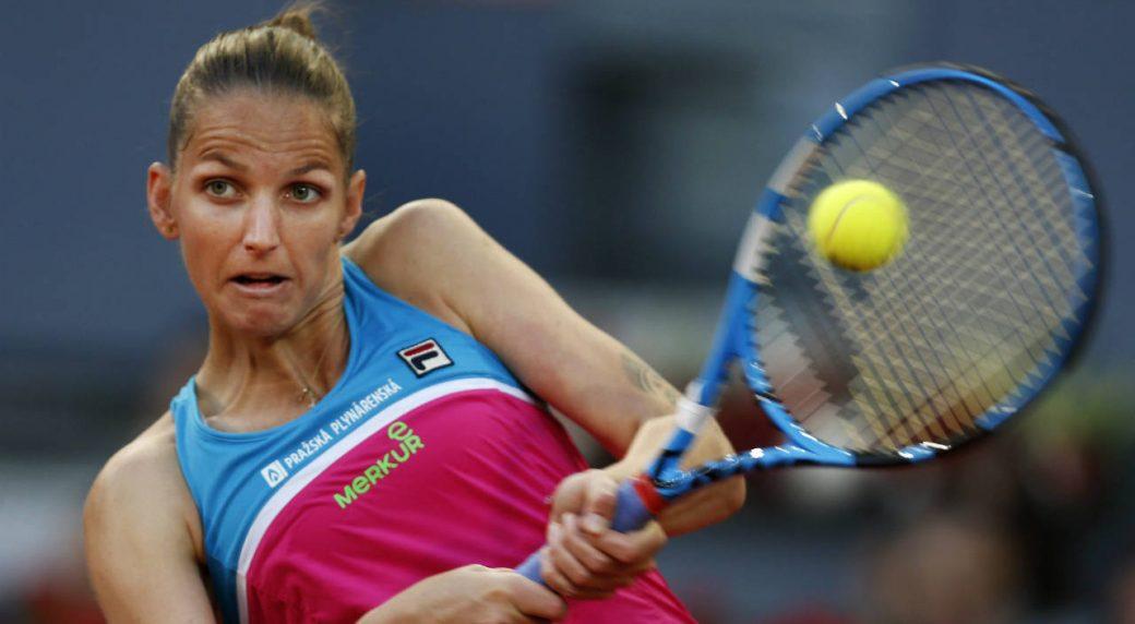 Karolina Pliskova smashes racquet through umpire's chair after loss at Italian Open