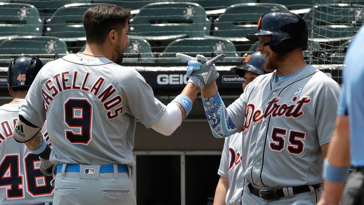 Detroit-tigers-nick-castellanos-celebrates-home-run