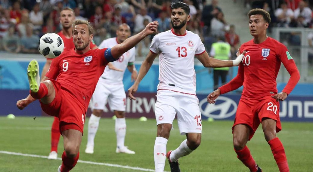harry-kane-battle-for-ball-against-tunisia-at-world-cup