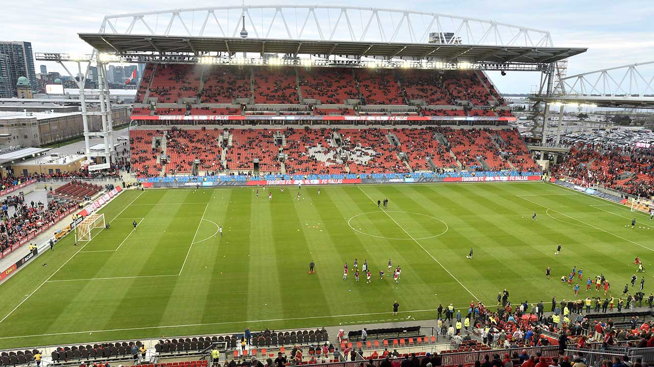 tfc-dallas-players-at-bmo-field
