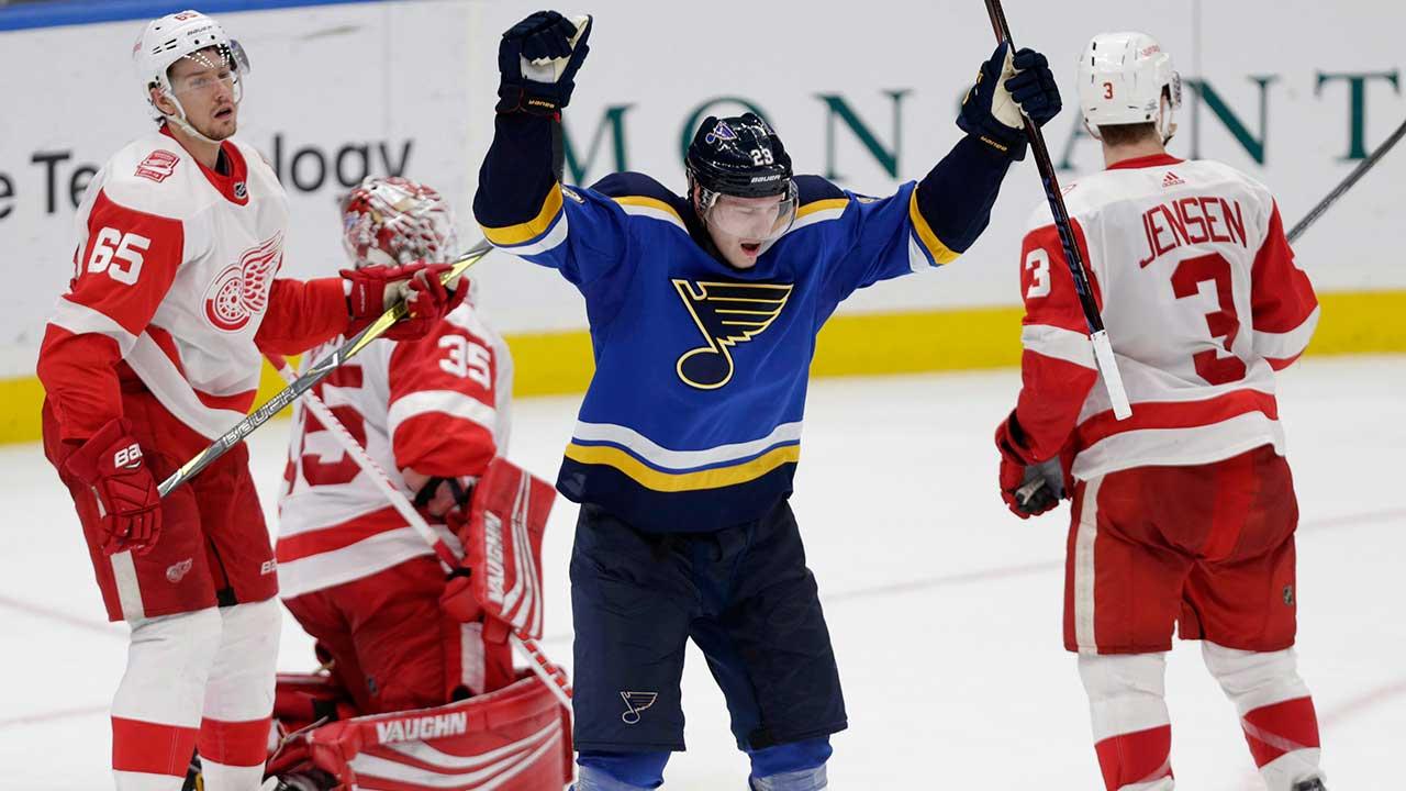 Dmitrij-jaskin-celebrates-scoring-a-goal-for-st-louis-blues