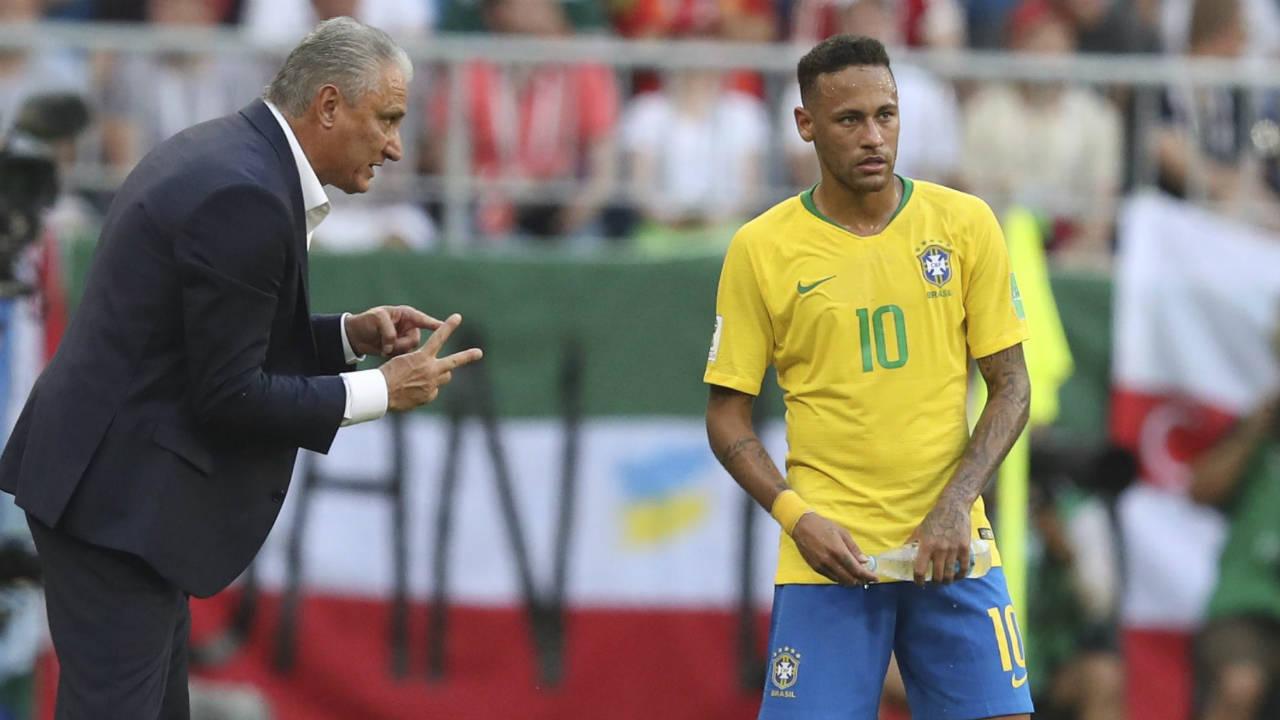 Once a critic, Brazil coach Tite now defends Neymar