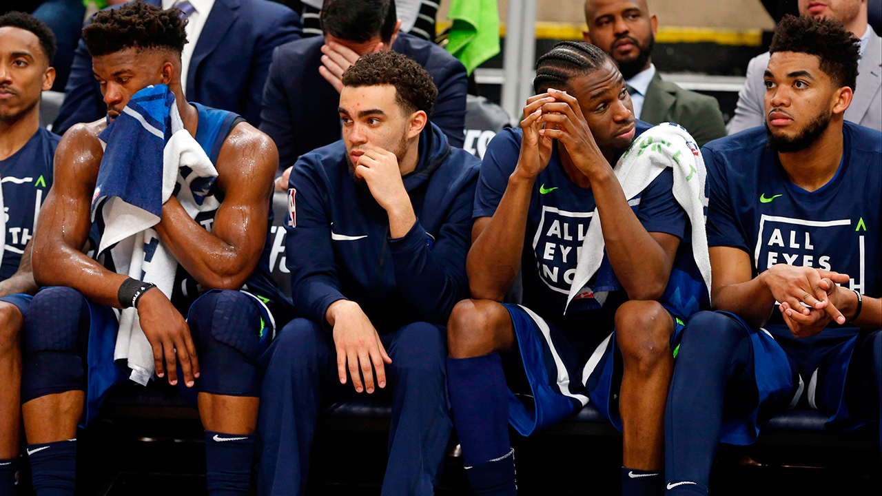 timberwolves-players-sit-on-the-bench