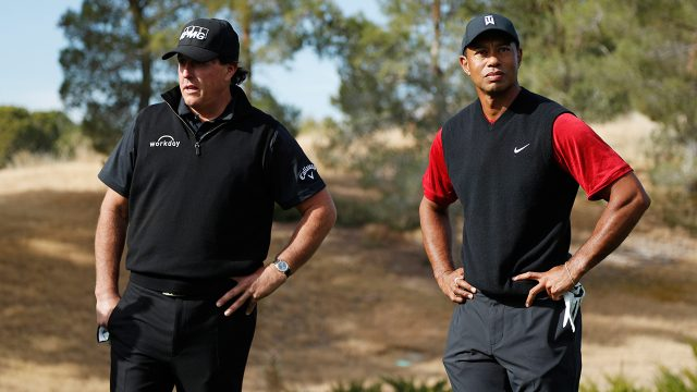 phil-mickelson-and-tiger-woods-during-the-match