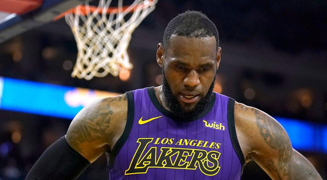 d6062125df94 Lakers  LeBron James strains left groin vs. Warriors - Sportsnet.ca