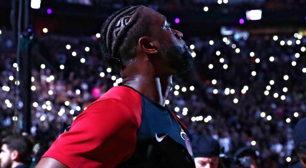 Dwyane Wade Gets Emotional in Speech Before Last NBA Game