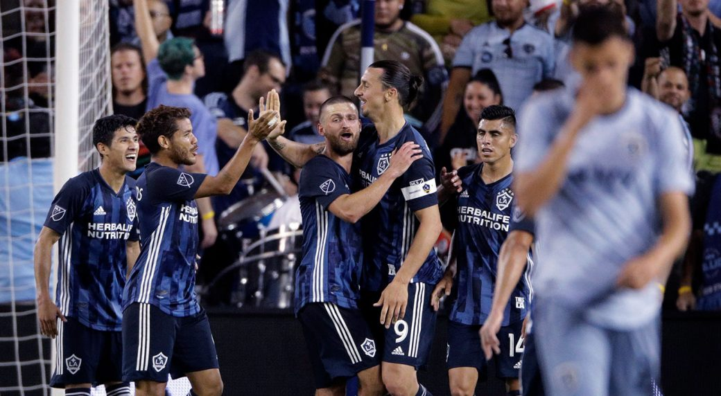 0ccb7251ce6 Galaxy win at Kansas City for 1st time since 2007 - Sportsnet.ca